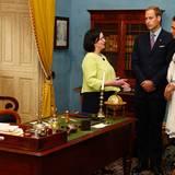 """Staatsbesuch William und Kate: Kathleen Casey nimmt das Paar mit auf einen Rundgang durch """"Province House""""."""