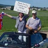 Staatsbesuch William und Kate: Einwohner heißen das Paar herzlich Willkommen.