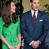 """Staatsbesuch William und Kate: Für eine Feier im britischen Konsulat wechselte Kate auf ein grünes Kleid von """"Diane von Furstenb"""