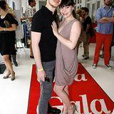 Erst die Fotos auf dem roten GALA-Teppich, dann kann der Fashion Brunch im Hotel Ellington für Tino Mewes und seine Verlobte Jam