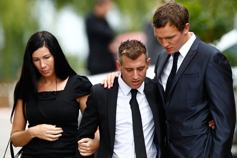 Beerdigung Amy Winehouse: Bild 6