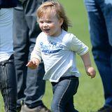 """7. Mai 2016  Mia Tindall läuft fröhlich über das Reitgelände der """"Badminton Horse Trials"""" in Gloucestershire."""