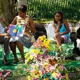 25. April 2011: Am Ostersonntag liest Barack Obama aus einem Kinderbuch vor. First Lady Michelle Obama, die Töchter Sasha und Ma