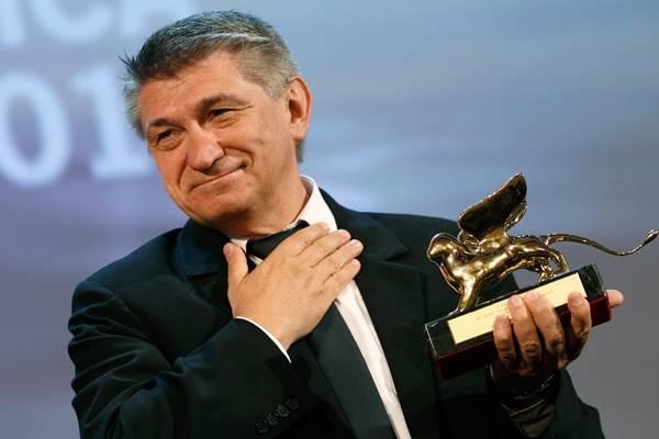 """Die höchste Auszeichnung, der Goldene Löwe, geht an den Regisseur Alexander Sokurow für seinen Film """"Faust"""", der auf Goethes Wer"""