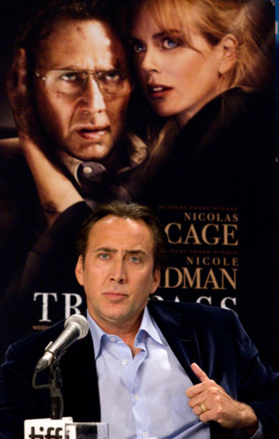 """Nicolas Cage steht zu dem Film """"Trespass"""" auf der Pressekonferenz Rede und Antwort."""