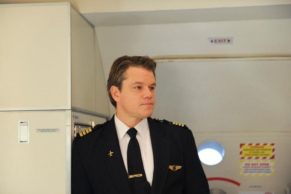 """Matt Damon sitzt 2010 für die Erfolgsserie """"30 Rock"""" als Pilot am Steuer."""