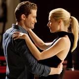 """2011 tanzt sich Gwyneth Paltrow ins Herz von """"Glee""""-Lehrer Will Schuester alias Matthew Morrison."""