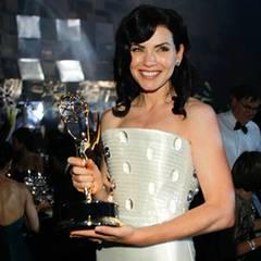 """Emmy Awards: Julianna Margulies bekommt für ihre Rolle in  """"The Good Wife"""" den Preis als """"Beste Hauptdarstellerin in einer Drama"""