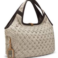 Tolle Masche: Strick-Tasche von UGG Australia, ca. 300 Euro