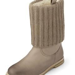: An alle Männer: Damit klagen Frauen nicht mehr über kalte Füße! Gefütterte Boots von Kennel + Schmenger über Görtz, ca. 230 Eu