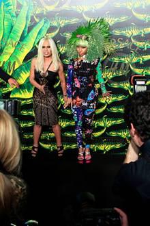 Versace für H&M: Chefdesignerin Donatella Versace und Sängerin Nicki Minaj