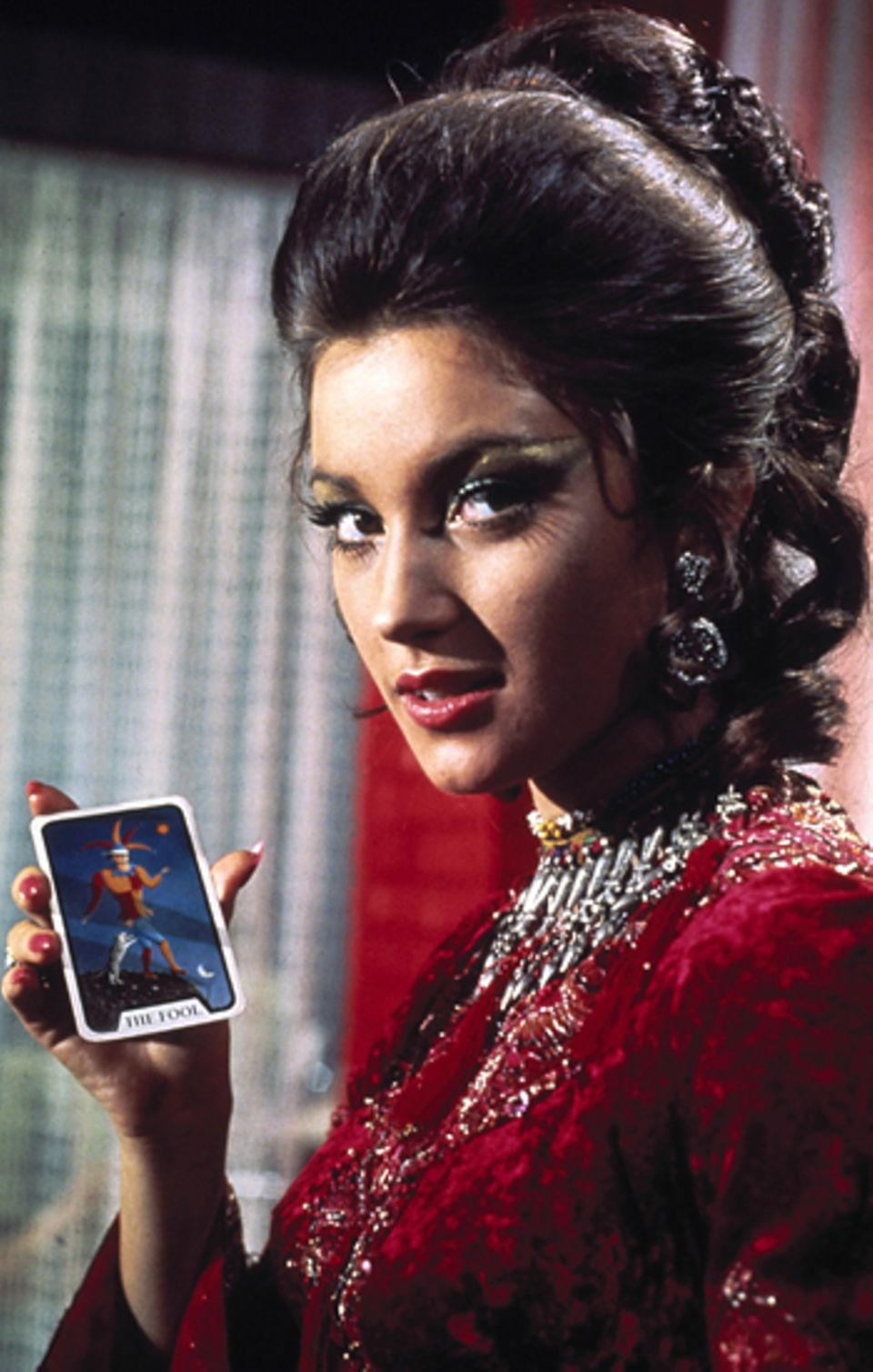 """Bond Girls: Jane Seymour 1973 in """"Leben und sterben lassen"""""""
