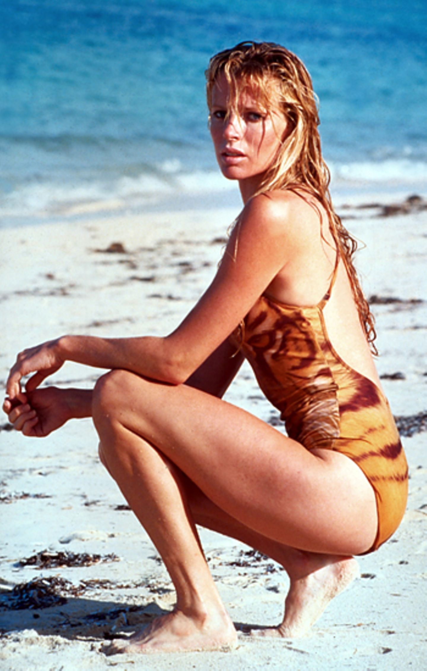 "Bond Girls: Kim Basinger 1983 in ""Sag niemals nie"""