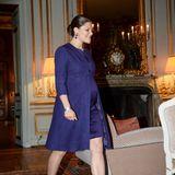 Bei der Audienz für den afghanischen Präsidenten im königlichen Schloss trägt Kronprinzessin Victoria ein blaues Kostüm aus Leinen und Seide.