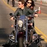 Stars & Bikes - Prominente und ihre Motorräder:  Tom Cruise und Katie Holmes auf einer Honda Valkyrie Rune 1800.