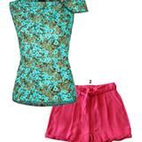 1. im Blütenrausch: Top mit Print, von Odeeh, ca. 500 Euro;  2. Knallige Shorts in Pink. Von Sly 010, ca. 290 Euro