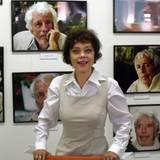 """Unter dem Titel """"Schönheit des Alters"""" zeigt Simone Rethel Fotografien des damals 97-jährigen Heesters, die sie in den letzten J"""