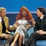 2. Februar 2000: Wenn man seine Wette verliert, kann man schon mal zur Frau werden: v.li.n.re.: Thomas Gottschalk, Kai Pflaume u