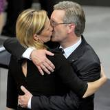 30. Juni 2010: Christian Wulff ist der neue Bundespräsident, in einem spannenden Wahl-Marthon hat er sich schließlich durchgeset