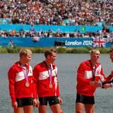 2. August 2012: Prinz Frederik von Dänemark freut sich mit seinen Landsmännern über den dritten Platz im Leichtgewichtsvierer im