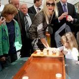"""22. September 2012: Am """"Burendag"""", dem Nachbarschaftstag, besuchen Prinzessin Máxima und Prinz Willem-Alexander den De Wiebert S"""