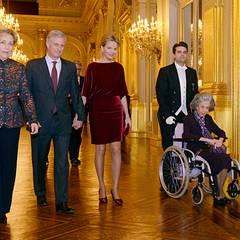 19. Deze4mber 2012: Königin Paola, Prinz Philippe, Prinzessin Mathilde und Königin Fabiola von Belgien besuchen das Weihnachstko