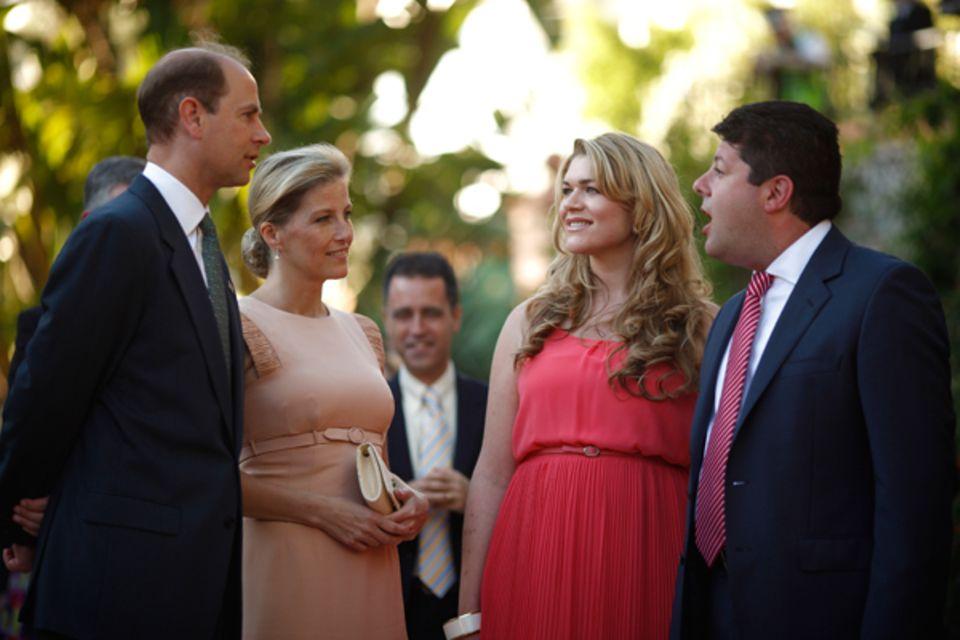 11. Juni 2012: Prinz Edward und seine Frau Herzogin Sophie treffen in Gibraltar, einem britischen Überseegebiet, Premier Fabian