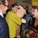 """25. Oktober 2012: Victoria und Daniel eröffnen das """"Willi Wiberg""""-Kulturhaus in Göteborg. Und Victoria lässt es sich nicht nehme"""