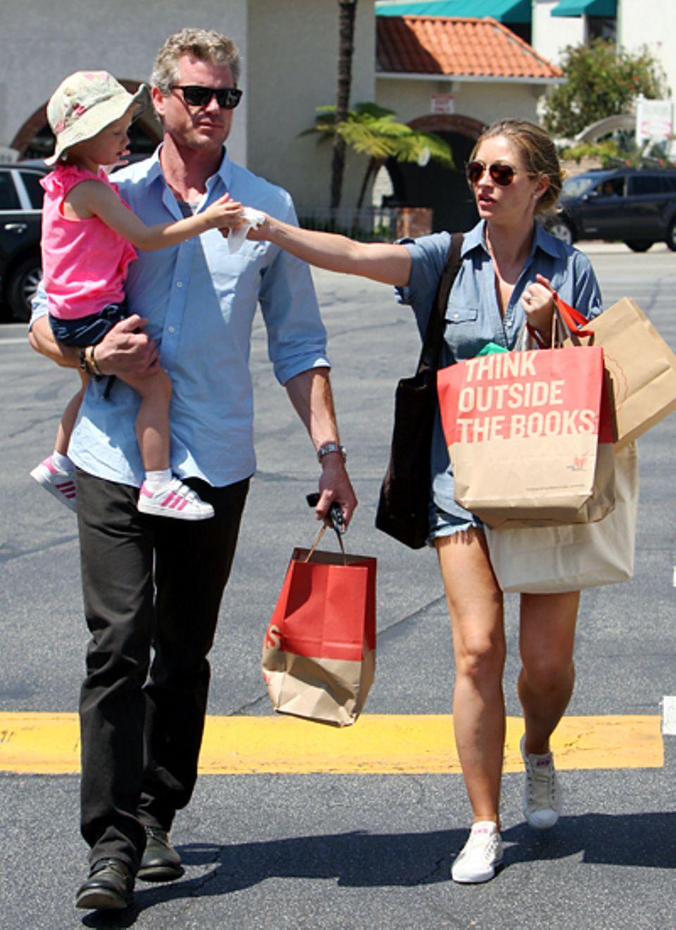 29. Juli 2012: Eric Dane, Rebecca Gayheart und Tochter Billie machen einen Familienausflug.