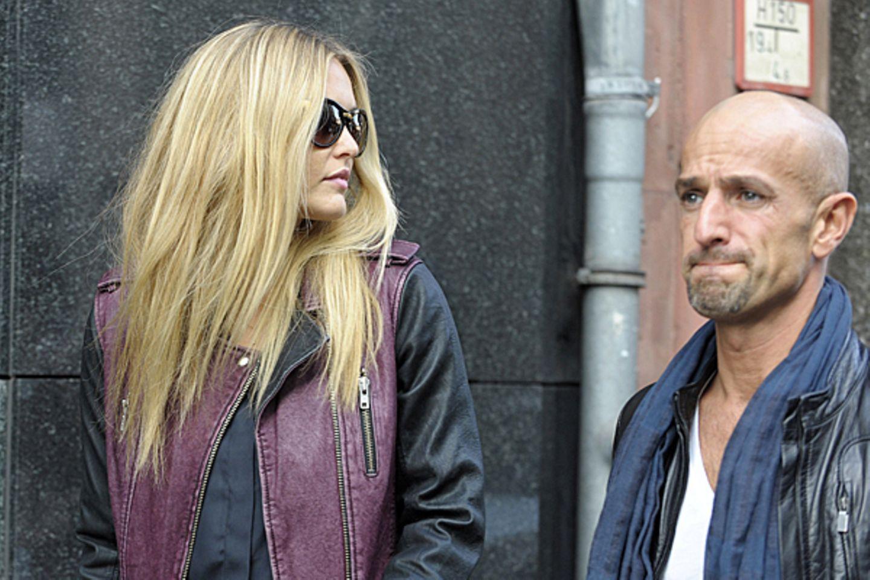 26. Oktober 2012: Bar Refaeli ist mit Modelagent Peyman Amin in Berlin unterwegs. Am Abend bekommt das israelische Topmodel den