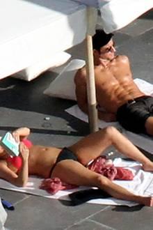 24. Dezember 2012: Jennifer Aniston und Justin Theroux relaxen während ihres Mexiko-Urlaubes in der Sonne.