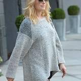 27. November 2012: Die schwangere Malin Akerman geht in Los Angeles einkaufen.