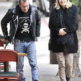 12. Dezember 2012: Die schwangere Malin Akerman ist mit ihrem Mann, dem italienischen Musiker Roberto Zincone, auf dem Weg zum M