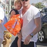 3. Oktober 2012: Eric Dane führt seine süße Tochter Billie Beatrice bereits zum Shopppen aus.