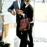 14. November 2012: Reese Witherspoon hat sich mit ihrem Mann Jim Toth zum Mittagessen verabredet und holt ihn von der Arbeit ab.