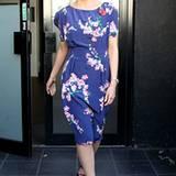 Dannii Minogue verbreitet mit ihrem Kleid mit Blumendruck sommerliche Stimmung im kalten London.