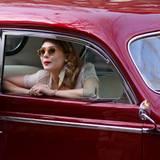 """26 März 2012: Elizabeth Olsen steht wie Daniel Radcliffe für den Film """"Kill Your Darlings"""" vor der Kamera."""