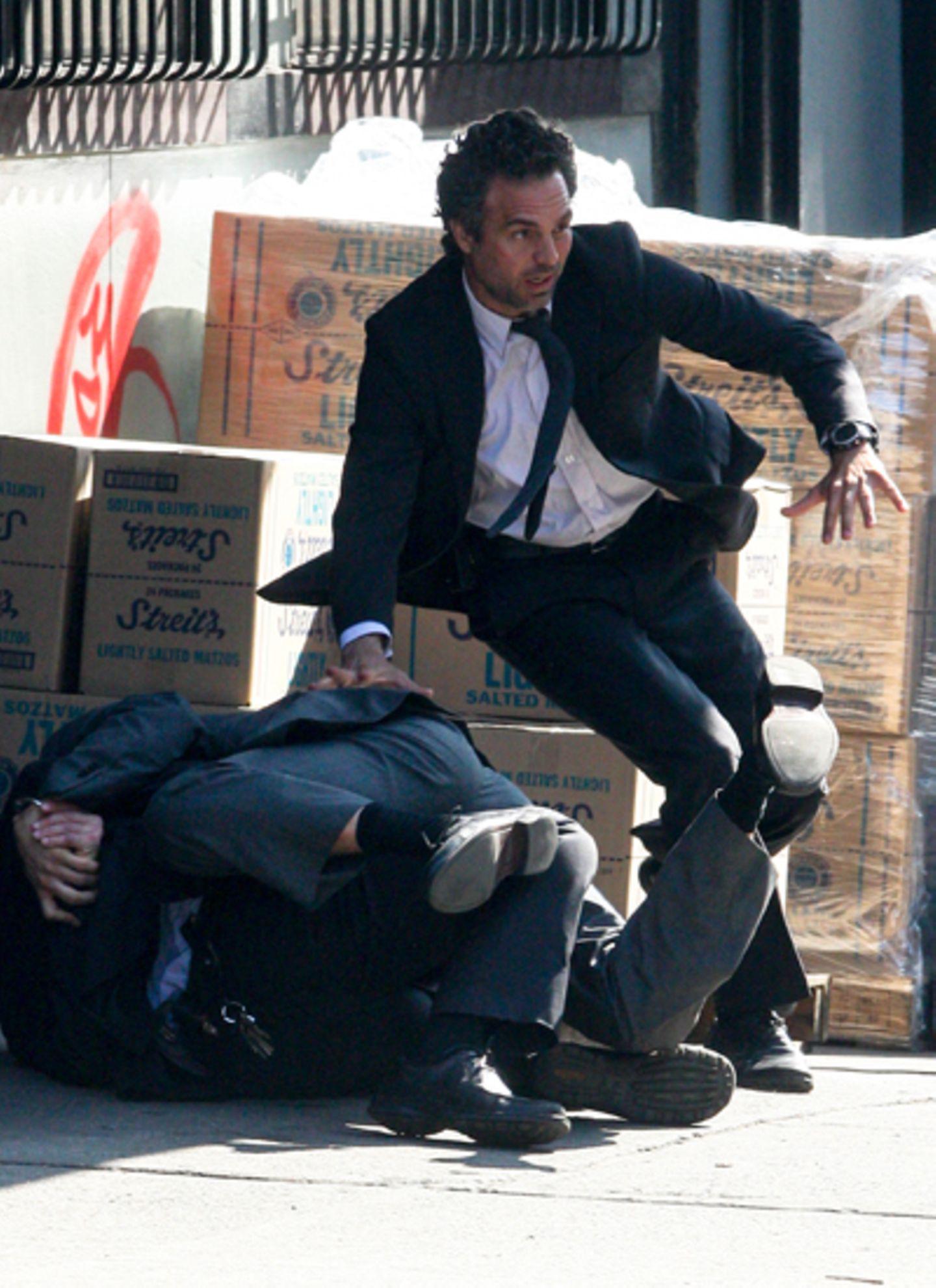 """22. März 2012: Mark Ruffalo dreht eine Actionszene für """"Now You see Me"""" in New York."""
