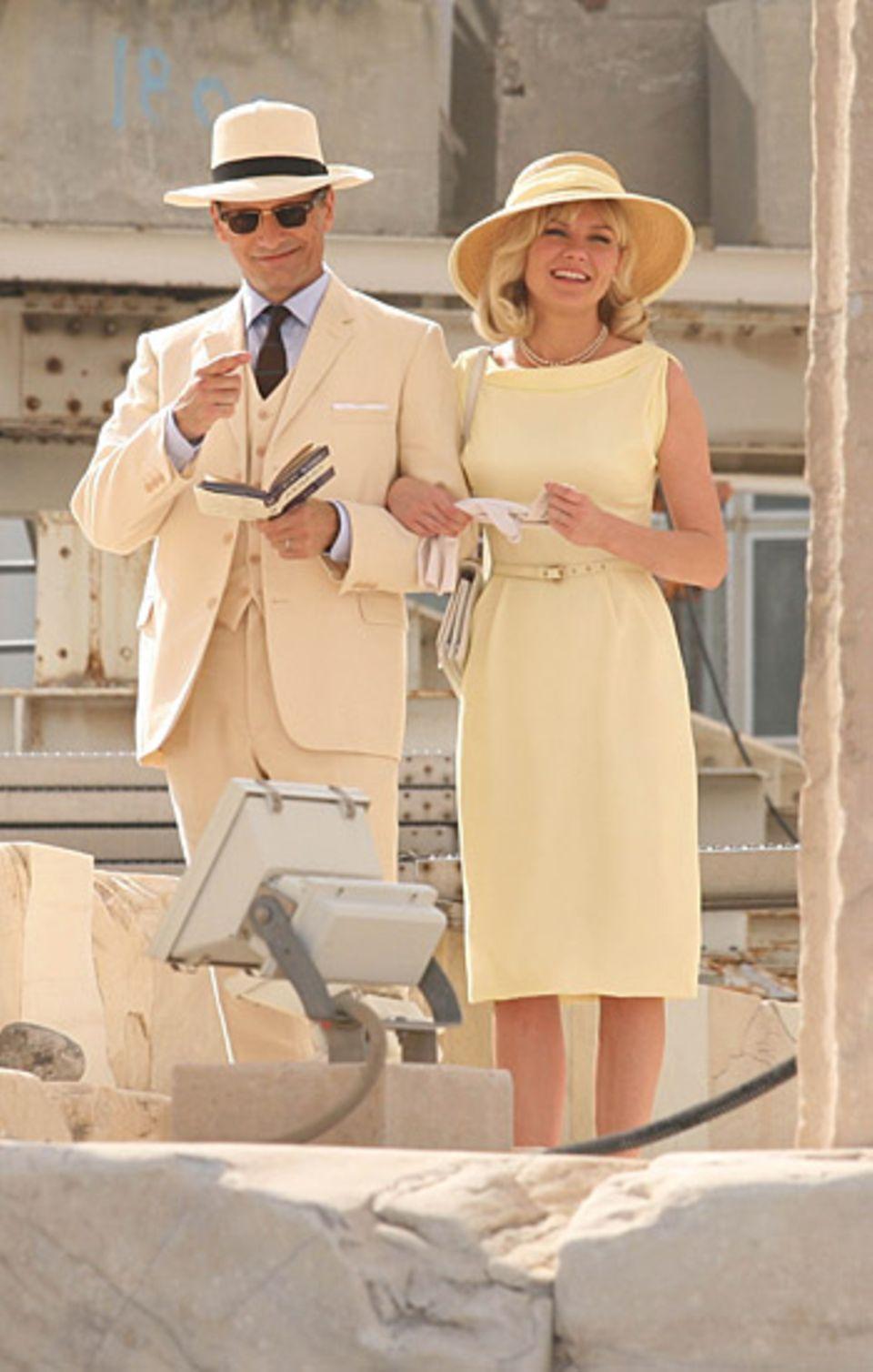 """17. Oktober 2012: Viggo Mortensen und Kirsten Dunst drehen vor der Kulisse der Akropolis in Athen """"Two Faces of January""""."""