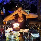 Gleich werden die Kerzen ausgepustet: Was die Tennisspielerin sich wohl wünscht? Alles Gute zum Geburtstag Ana Ivanovic!