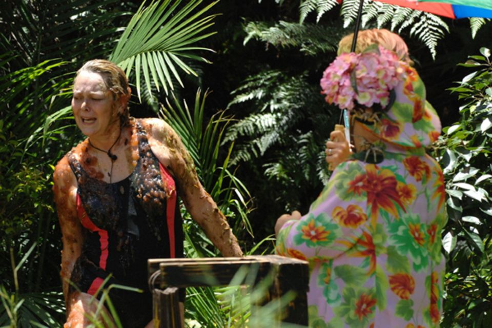 Jetzt wird's aber Zeit für eine ausführliche Dusche im Dschungelbach.