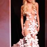 Paris Haute Couture: Zahia Dehar Frühjahr/Sommer 2012