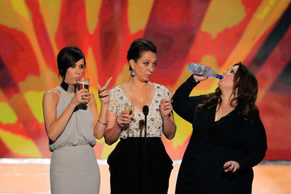"""SAG-Awards: Kristen Wiig, Maya Rudolph und Melissa McCarthy spielen das """"Scorsese drinking game"""" ."""