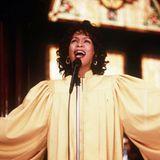 """1996 spielt Whitney im dem Film """"Rendevous mit einem Engel"""" an der Seite von Denzel Washington die Frau eines Pfarrers, die auch"""