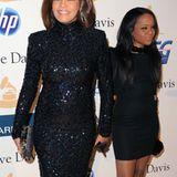 Februar 2011: Nach der enttäuschenden Welttournee wirkt Whitney ein Jahr später bei einer Pre-Grammy-Party wieder fit und Tochte