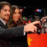 """Christian Bale wird von seiner Frau Sibi Blazic zur Premiere von """"The Flowers of War"""" begleitet."""