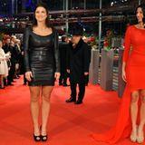 """Auch Gina Carano und Natascha Berg sind auf der """"Haywire""""-Premiere bestens gelaunt."""