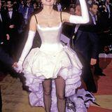 "1992: Geena Davis präsentiert das Modell ""Vokuhila meets Schwanensee""."