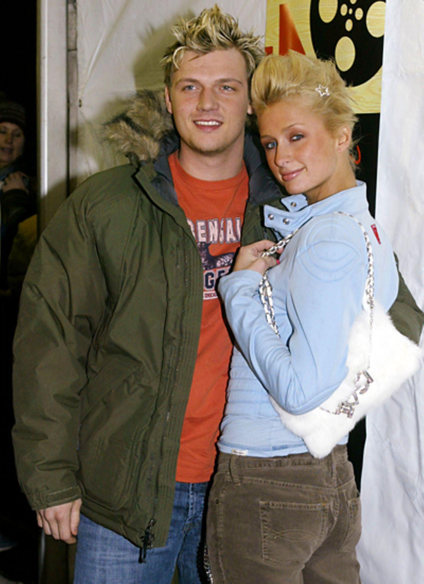 """Paris Hilton und Nick Carter: Paris wechselt bekanntlich ihre Männer wie ihre Socken: Von Dezember 2003 bis Juli 2004 ziert Ex-"""""""