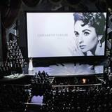 Auch in diesem Jahr wird denjenigen Mitwirkenden der Traumfabrik Hollywood gedacht, die die Oscar-Verleihung nicht mehr miterleb
